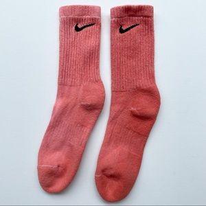 Nike Everyday Custom Coral Tie Dye Crew Socks